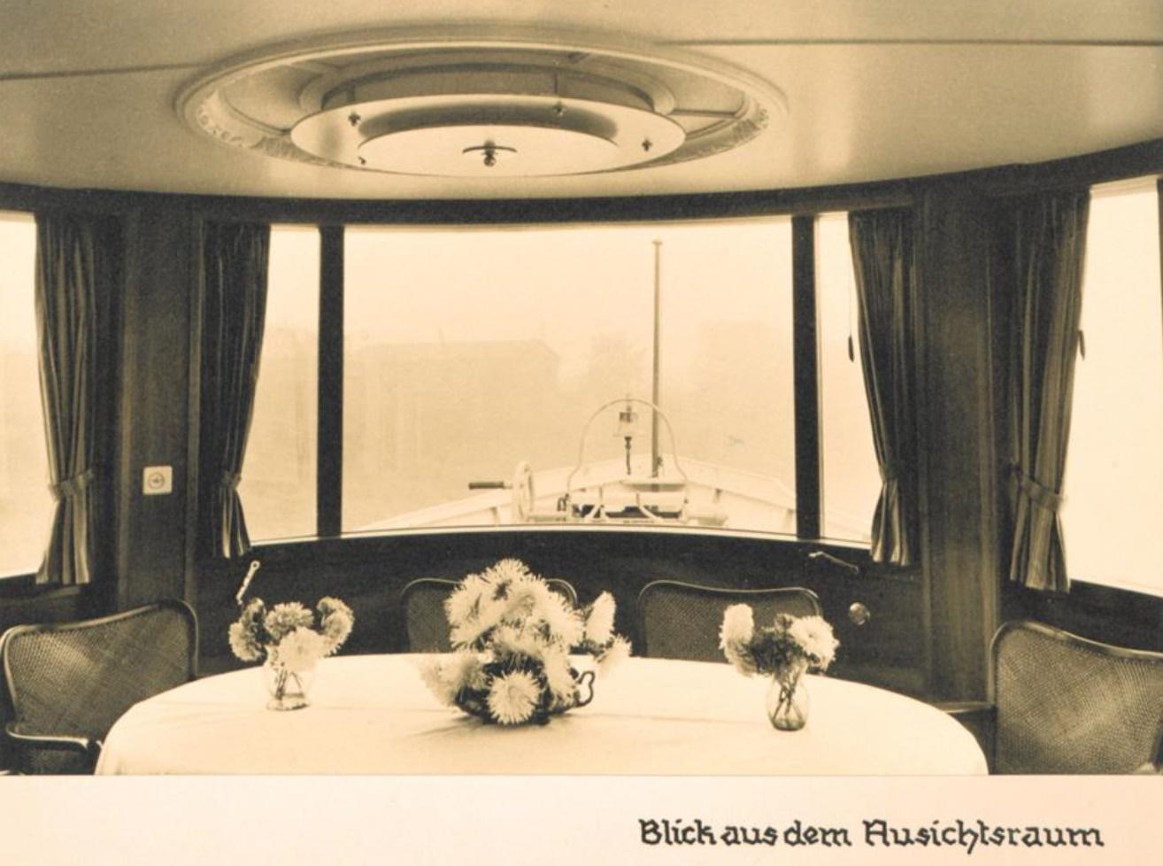 Das Rheinschiff Hansestadt Köln 1938 - Blick aus dem Aussichtsraum